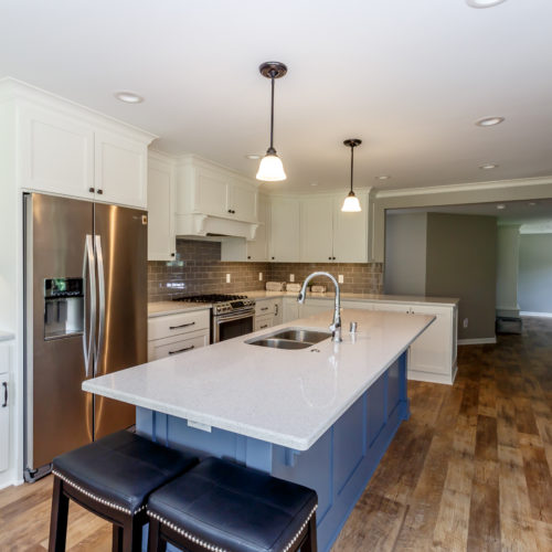 Kitchen Utility Room Renovation In Claygate: Hartland Kitchen And Laundry Room Remodel